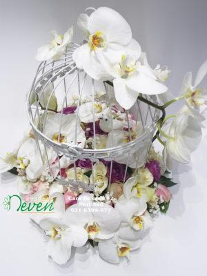 Kavez sa ružama i orhidejama ''Phalaenopsis''