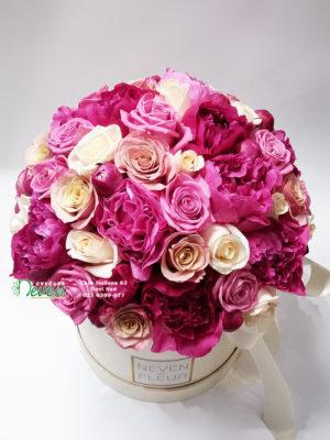 Flower box sa božurima i ružama