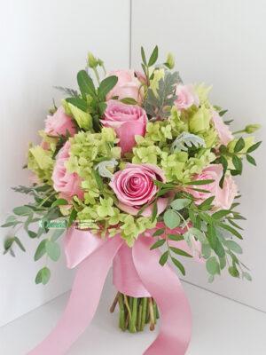 Bidermajer sa ružama i hortenzijama
