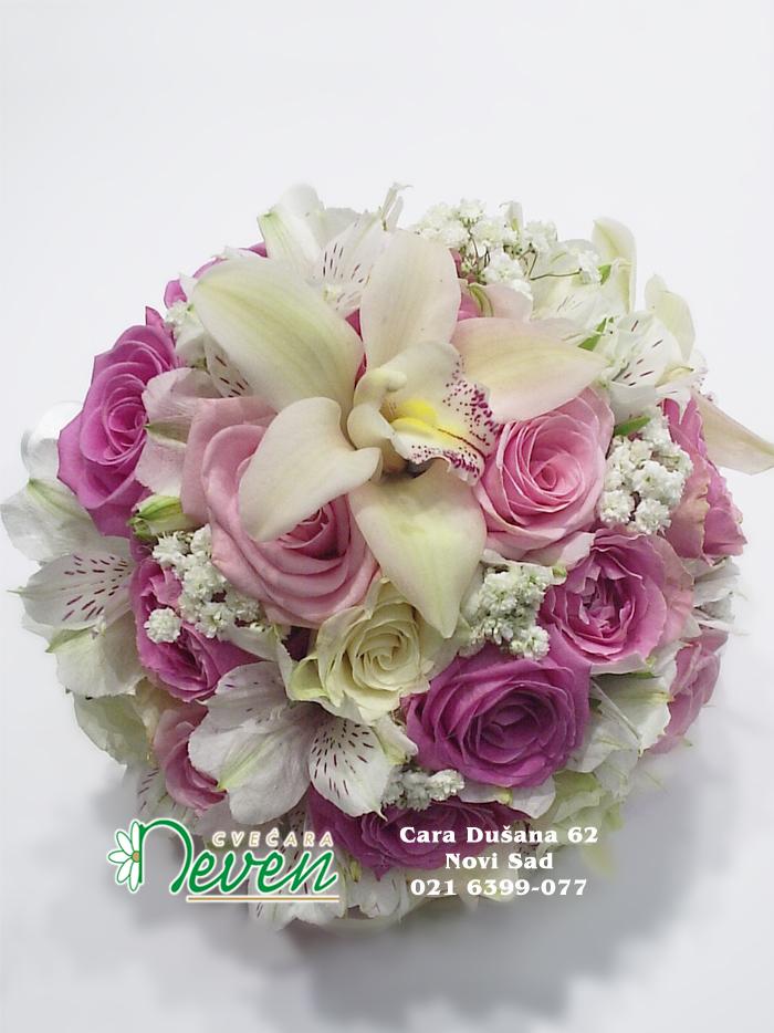 Bidermajer sa ružama, orhidejom i alstromerijama