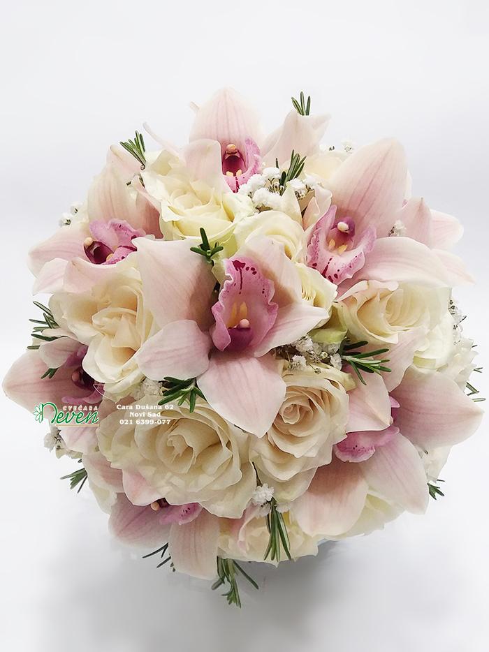 Bidermajer sa ružama, orhidejama i ruzmarinom